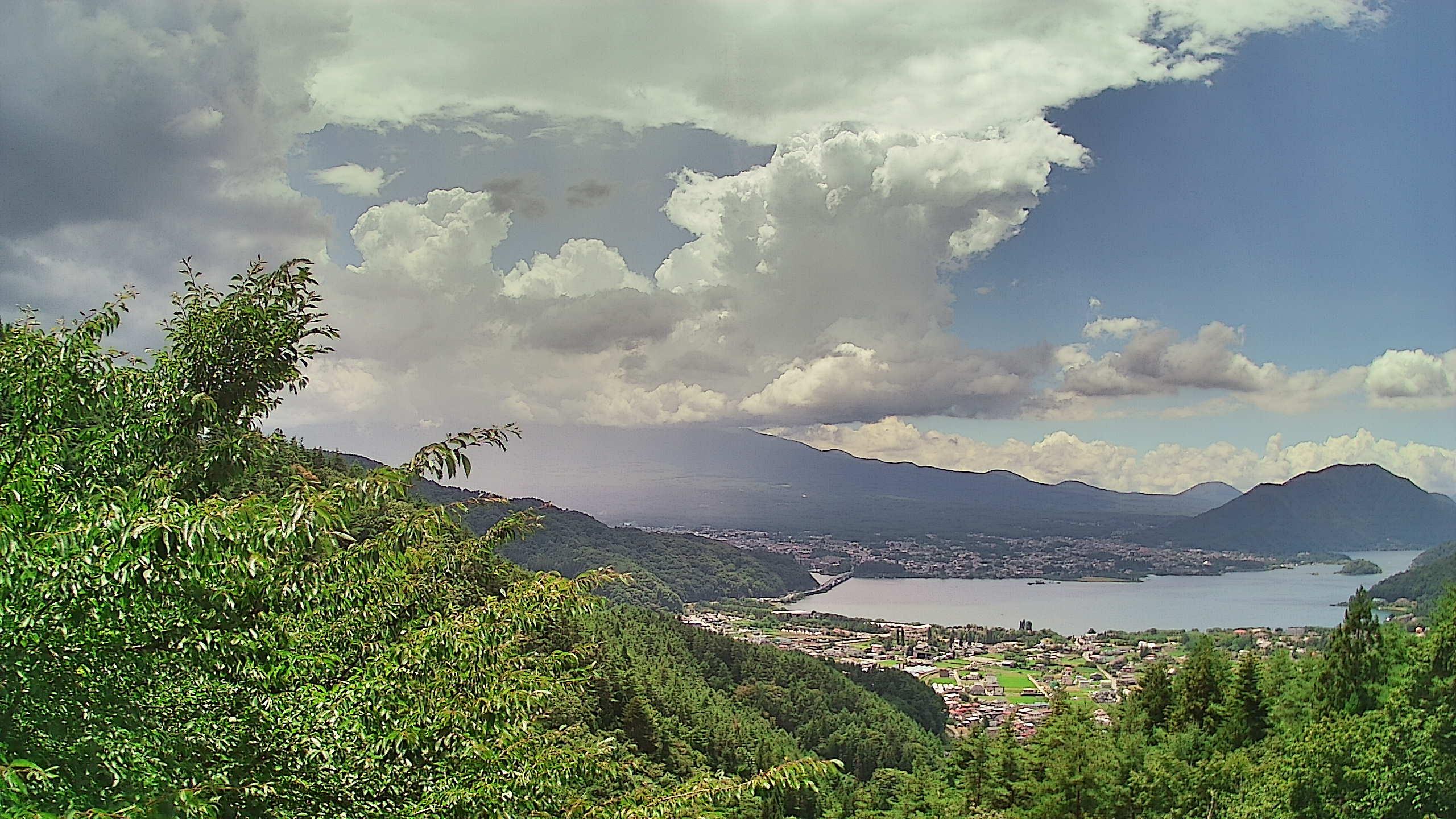 富士山ライブカメラ-河口湖母の白滝