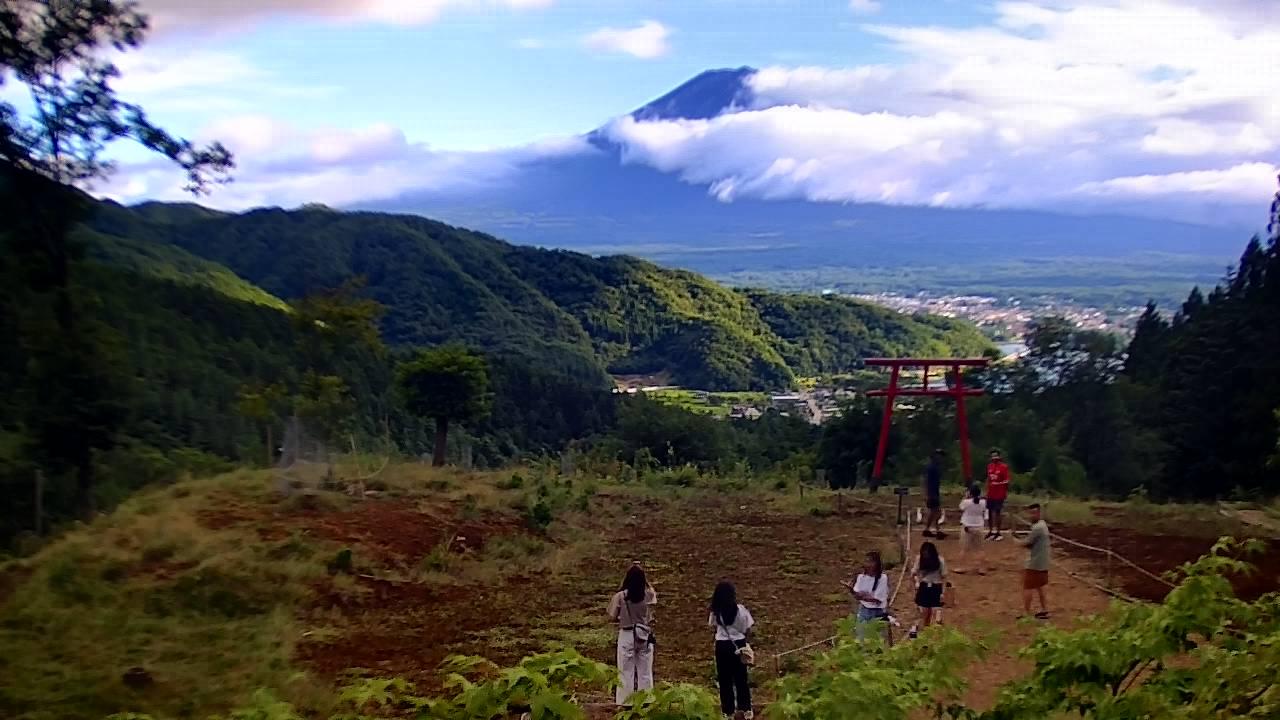 富士山ライブカメラ-河口湖富士山遥拝所